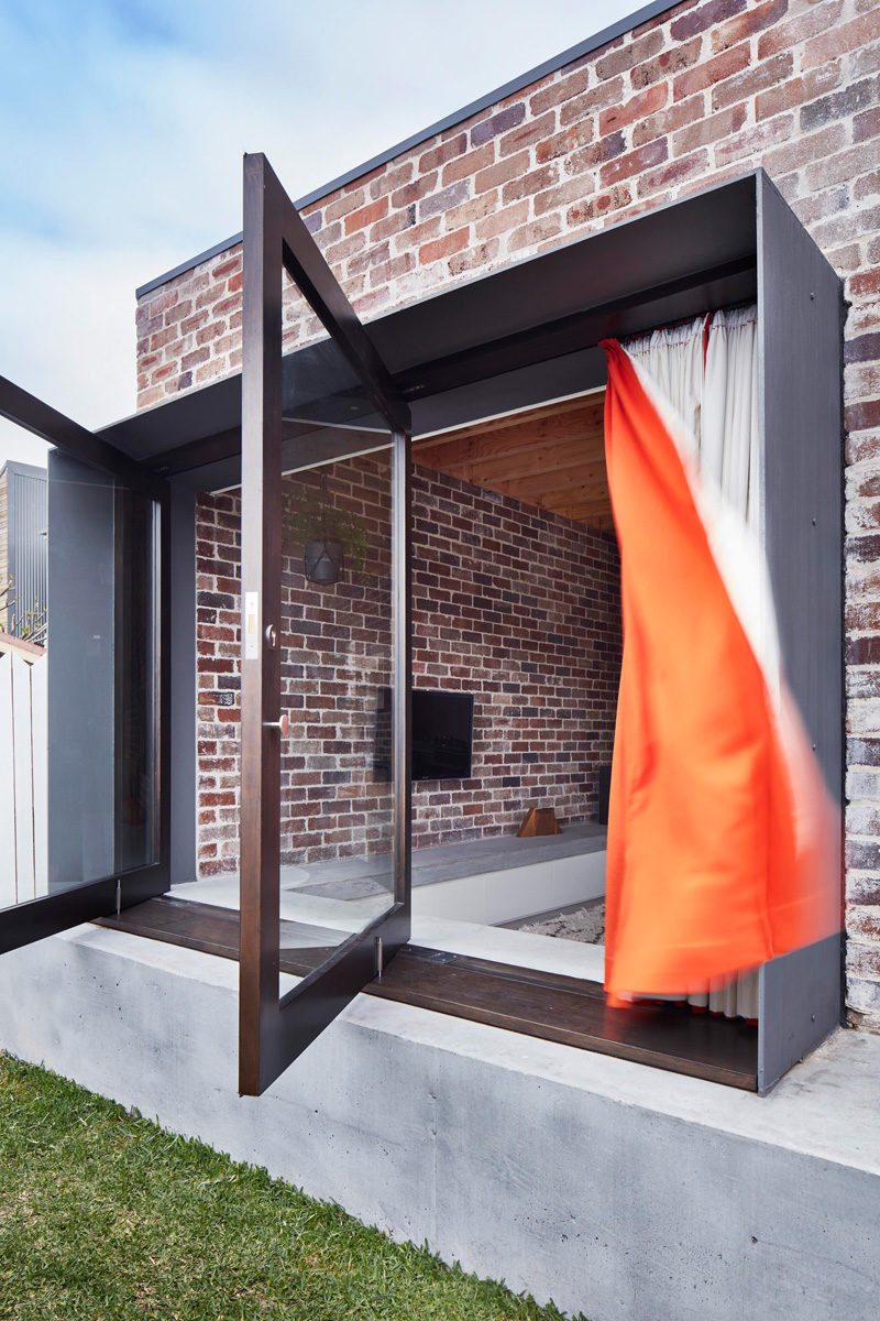 Pivot Windows –  A Bold Design Statement for Modern Homes