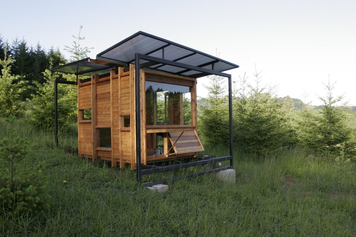 off grid homes that turn everyday life into an adventure. Black Bedroom Furniture Sets. Home Design Ideas