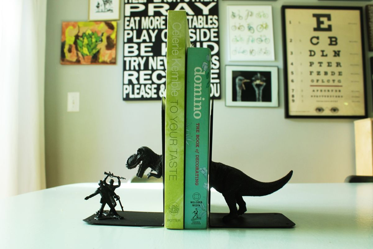 DIY Bookends for kids books