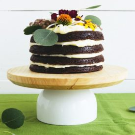 DIY Cake Stand Design