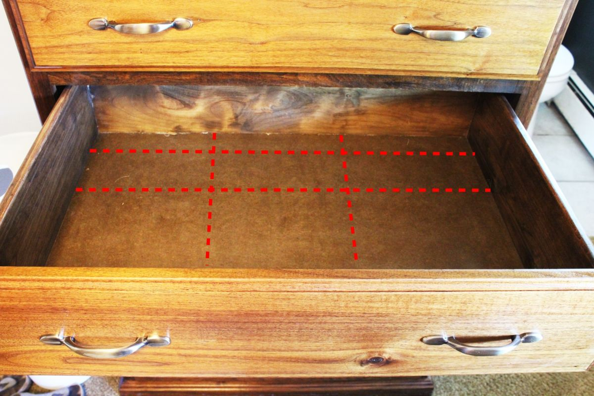 Determine the layout of your drawer dividers