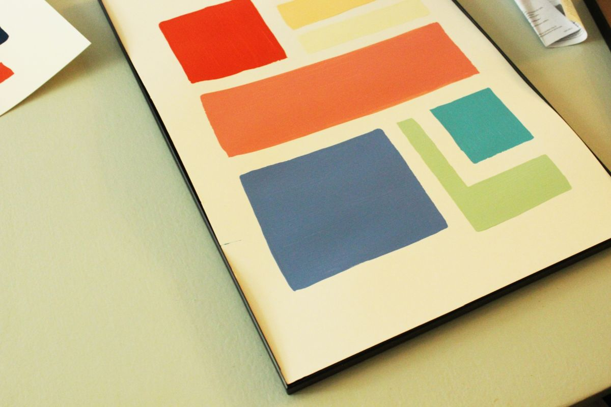 DIY Wall Art: Simple and Cheap Recycled-Paint Project