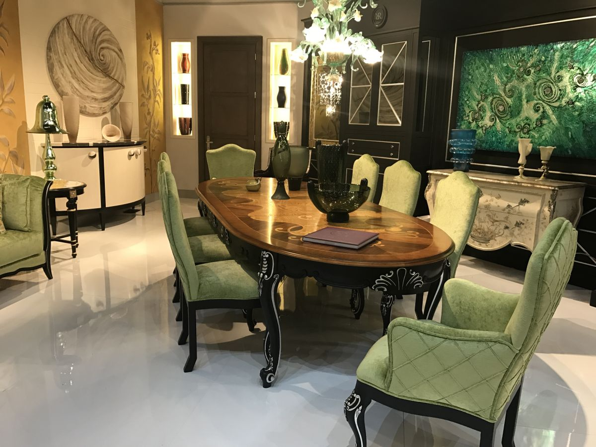 crystal dining room for luxurious impression. Mixing Styles Creates A One-of-a-kind, Current Dining Room. Crystal Room For Luxurious Impression O