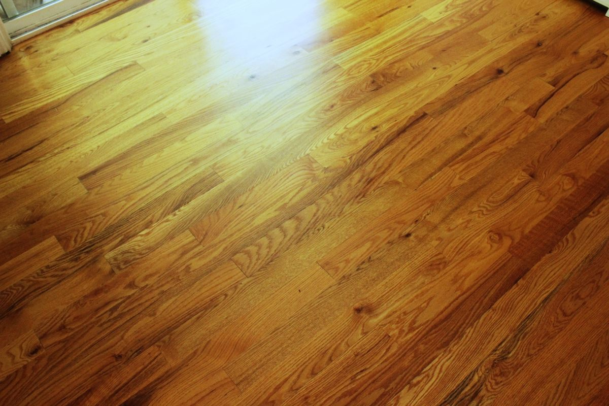 Cleaning hardwood floors with murphy oil soap - View In Gallery