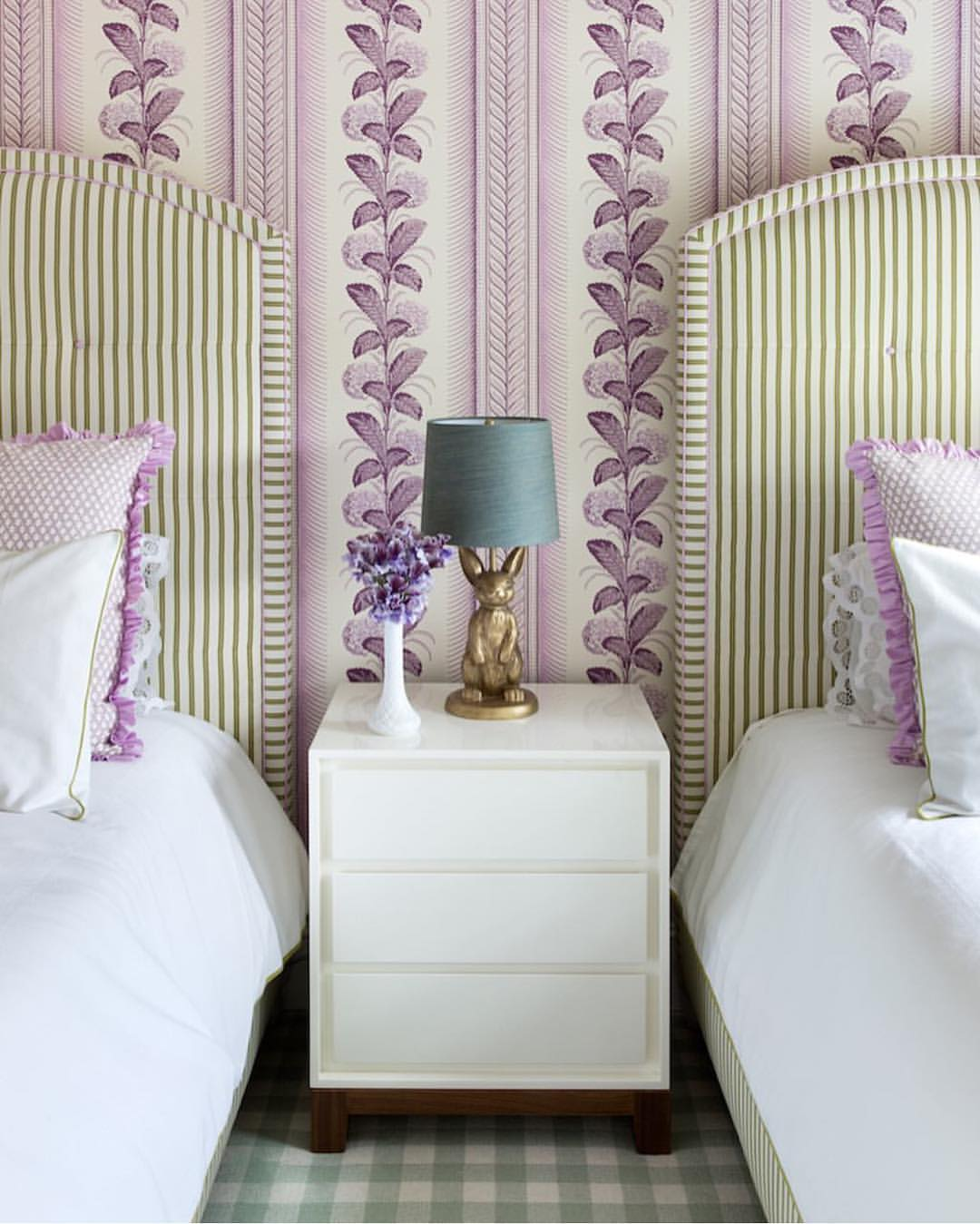 bedroom wallpaper purple 15 inspiring wallpapered bedrooms 10756