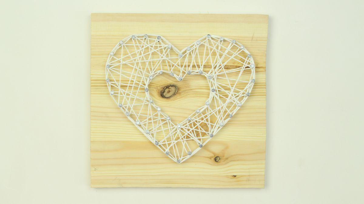DIY a String Art Wall Piece