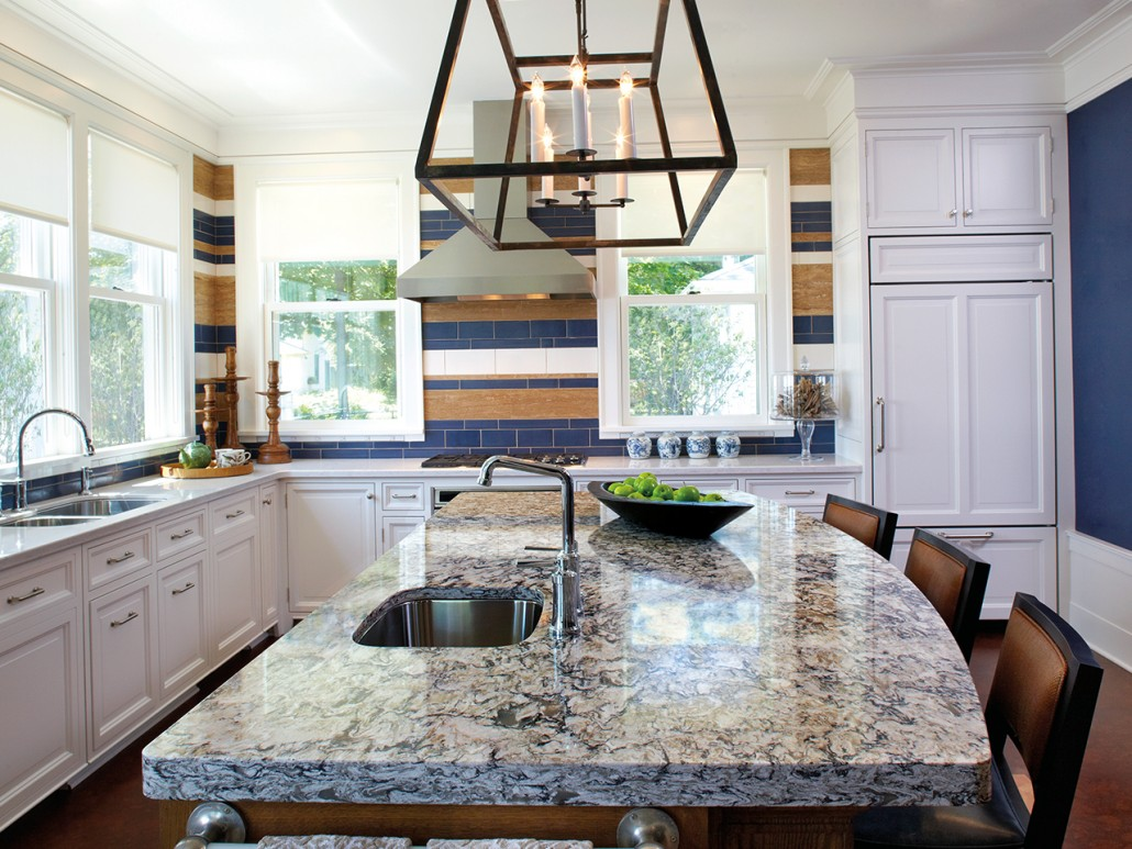 Kitchens with Countertops: Professional Tips and Inspirational Photos