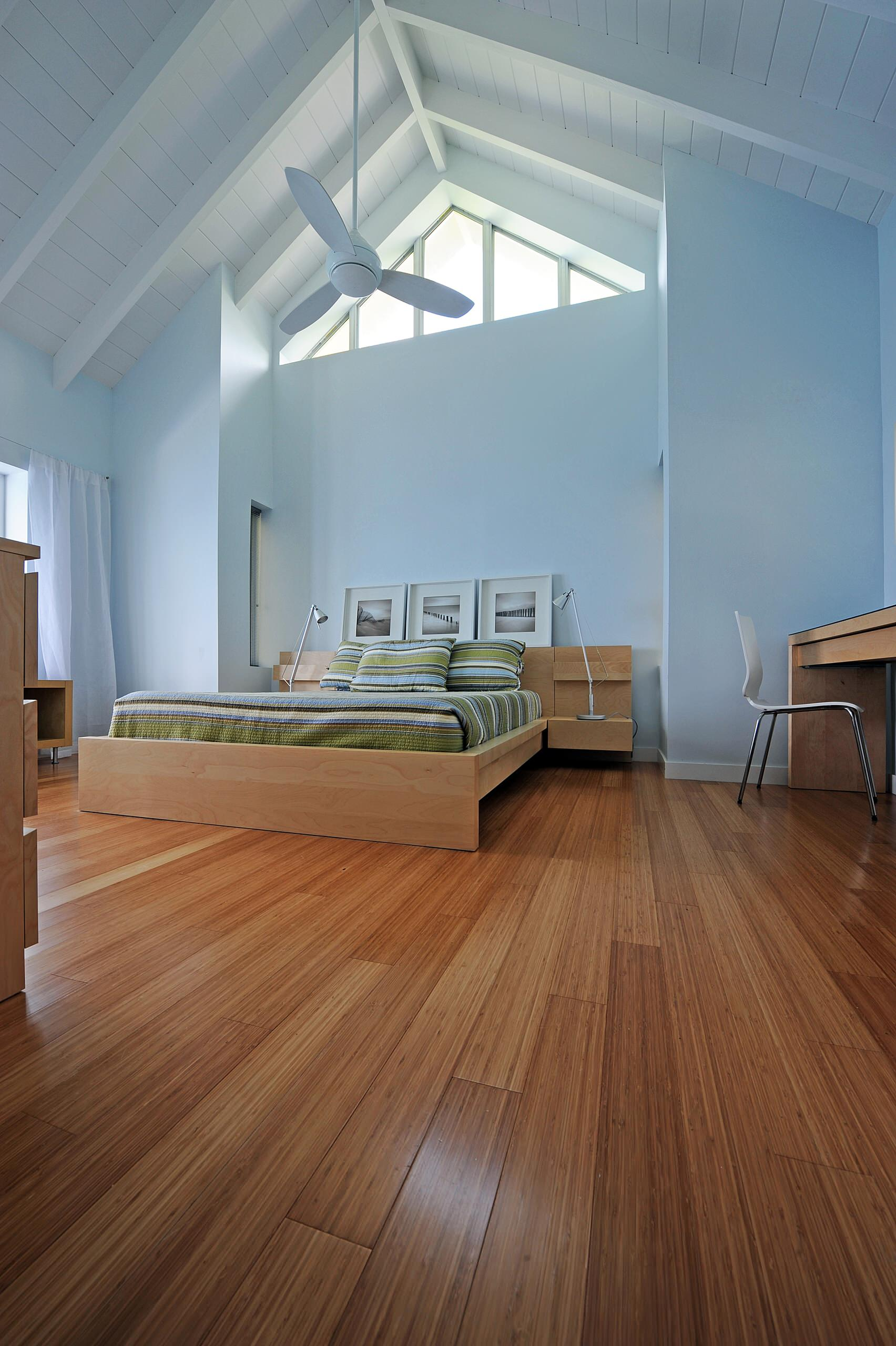 10 Reasons to Love Bamboo Flooring