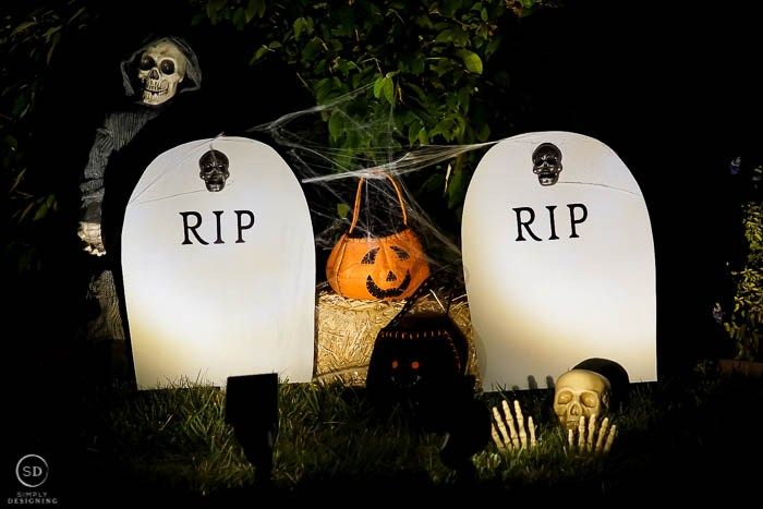 DIY Harvest Yard Sign RIP Headstone Decoration - Scary Halloween Decorations That'll Give You The Jitters