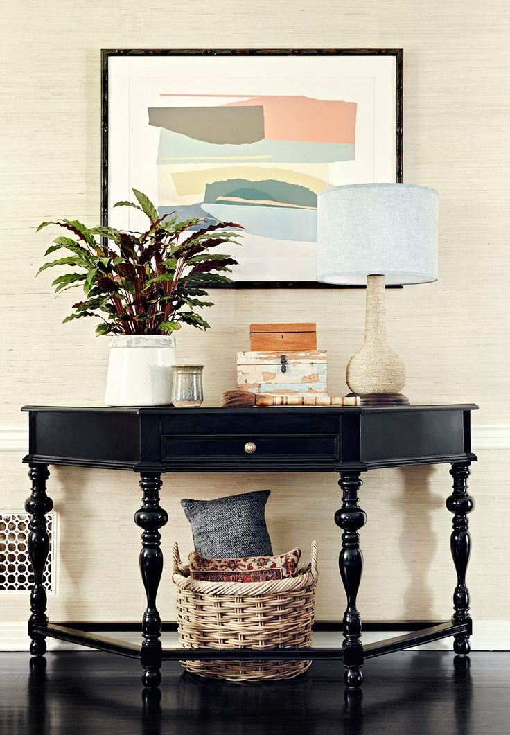 how to feng shui your entryway. Black Bedroom Furniture Sets. Home Design Ideas
