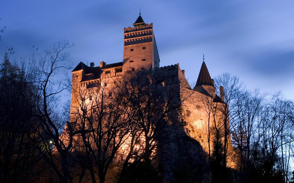 The Bran castle is perched on top of a hill, this being a strategic location for a fortress