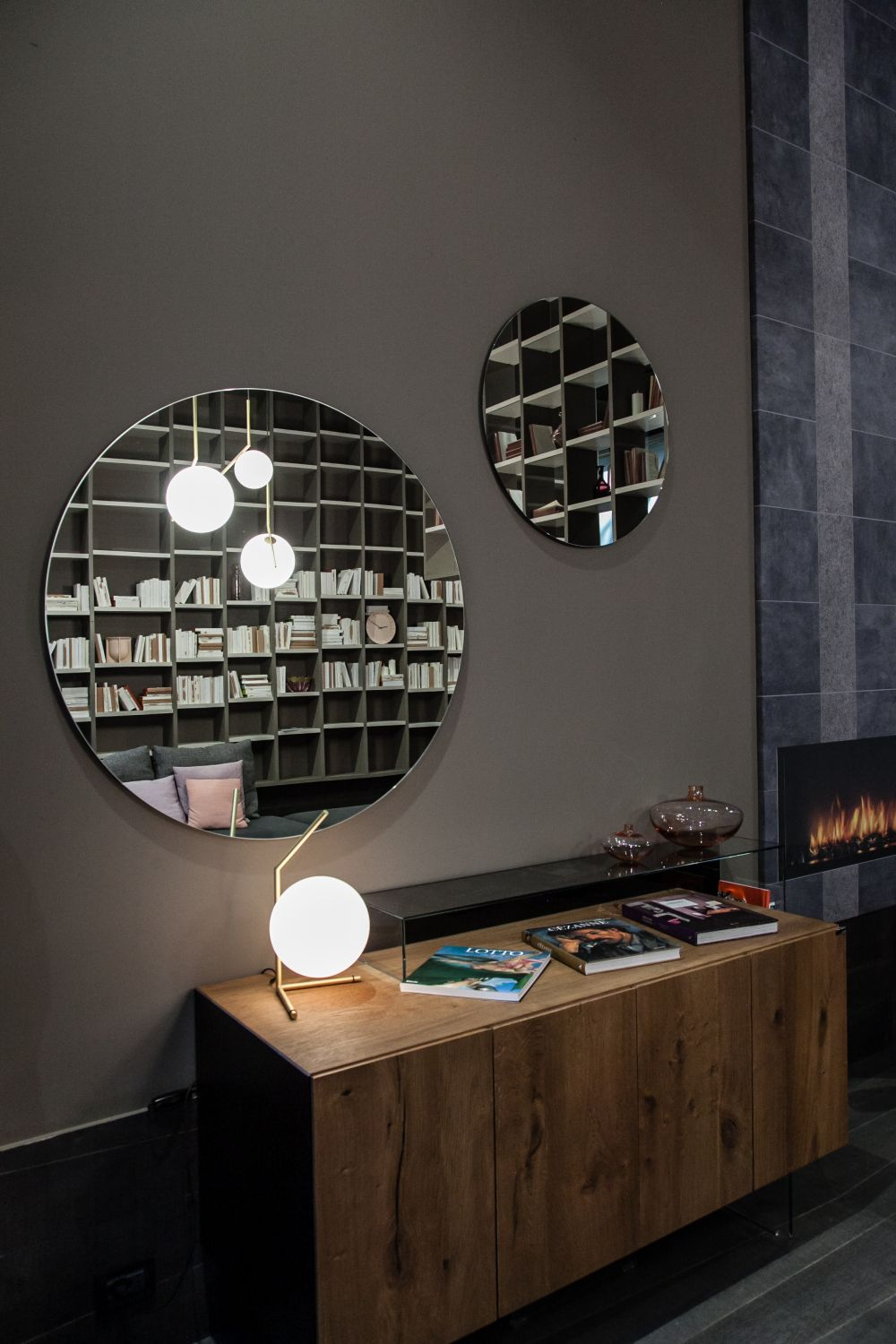 Mirror In Foyer Feng Shui : How to feng shui your entryway