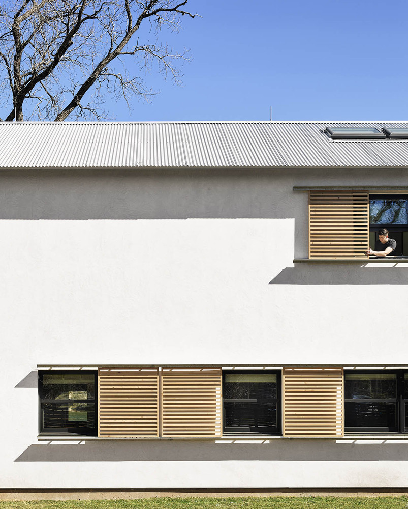 Exterior Home Facades: Modern House Shutters That Reinvent The Concept Of Privacy