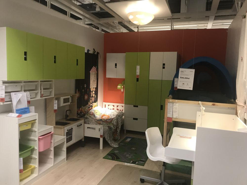 Start with IKEA Bedroom Furniture for Awesome Decor