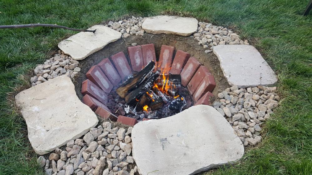 24 Brick Fire Pits And The Homes And Gardens That Surround Them
