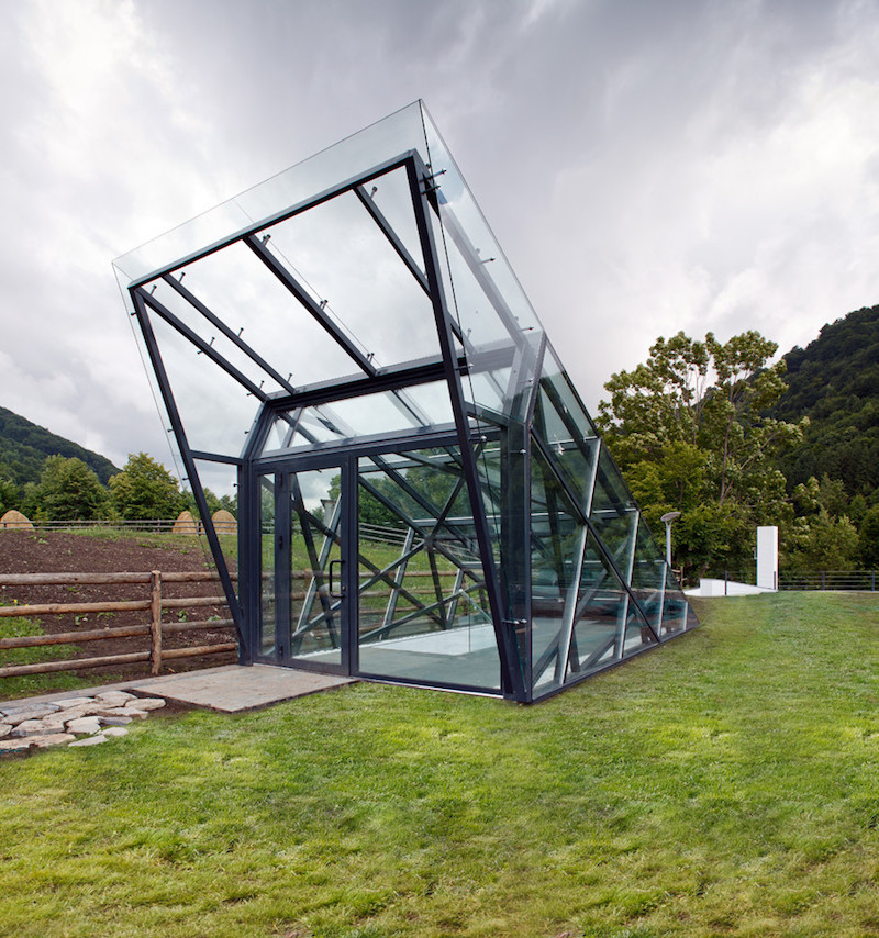 This metal and glass structure is pretty cool, not to mention eye-catching
