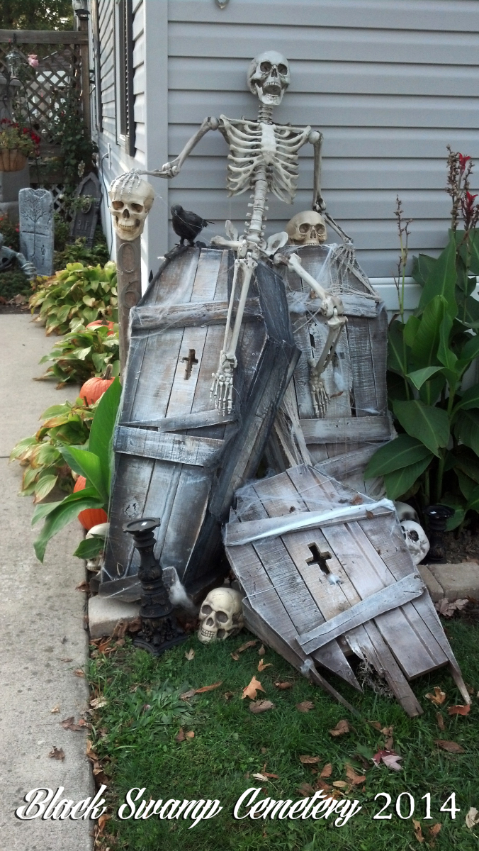 Scary Halloween Decorations That ll Give You The Jitters