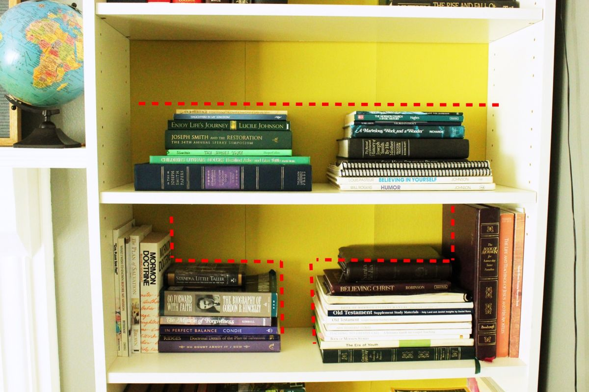 How To Declutter A Bookshelf Without Losing Its Personality - Lieul-bookshelf-by-ahn-daekyung