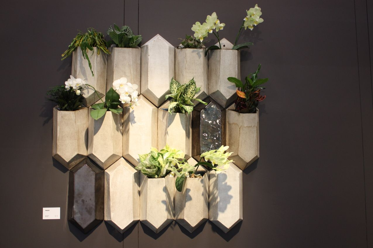 These wall plants can be hung in many configurations.