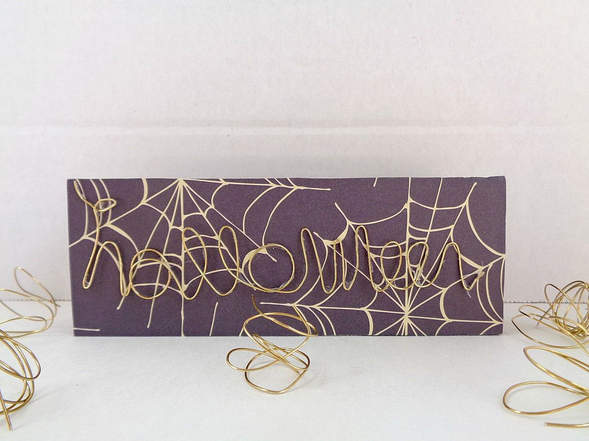 Last minute Halloween wire word block art