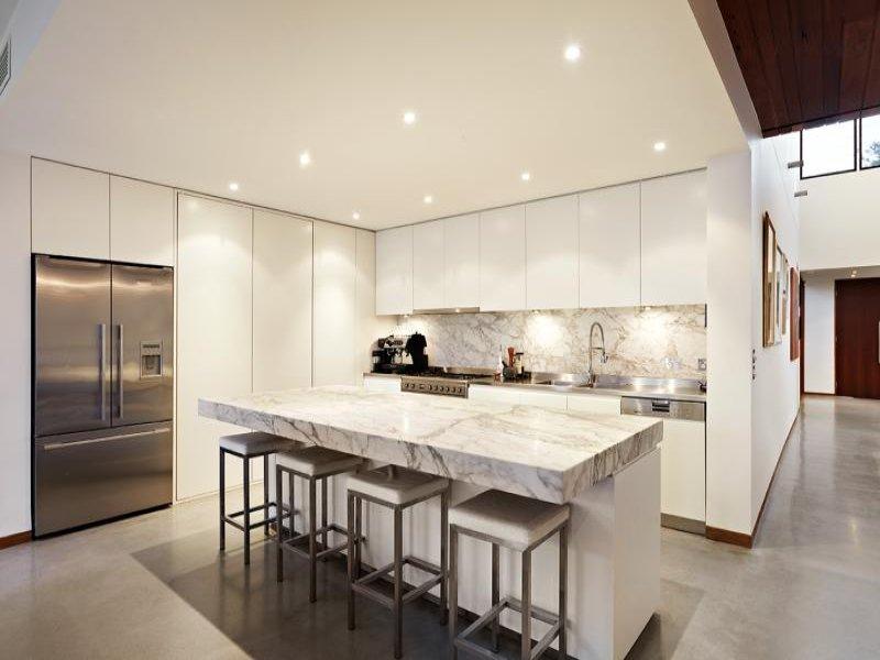 Marble Backsplash Inspiration In The Context Of Designer Homes