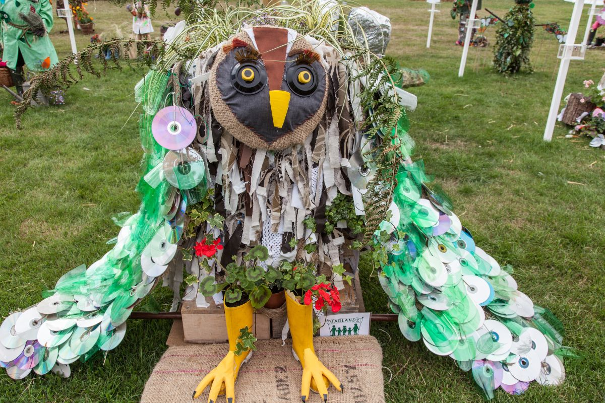 The owl's wings are made of old CDs and that definitely attracts a lot of attention not to mention that it's a great repurposing idea
