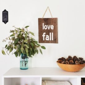 DIY Rustic Sign to Welcome Fall