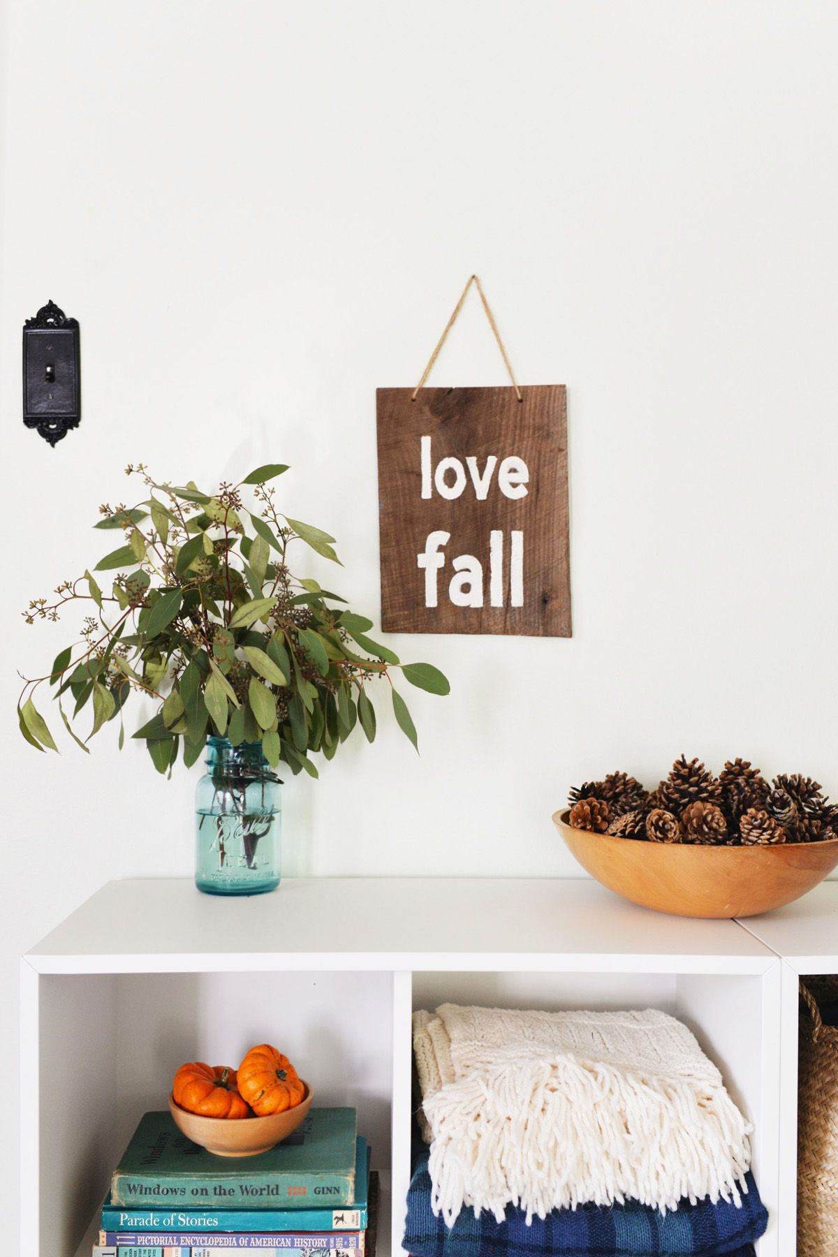 Fantastic Diy Rustic Sign To Welcome Fall Download Free Architecture Designs Lukepmadebymaigaardcom