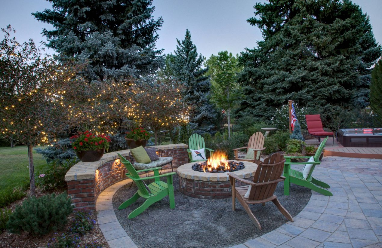 13 Brick Fire Pits And The Homes And Gardens That Surround