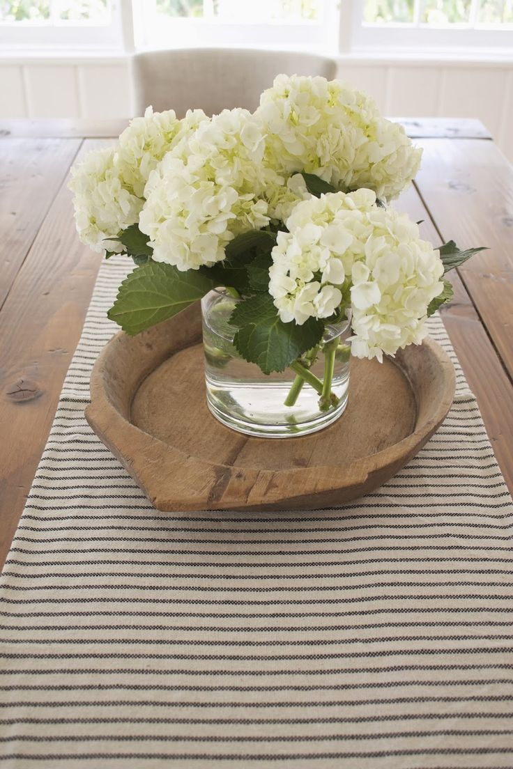 40 Pieces Of Farmhouse Decor To Use All Around The House Cool Dining Table Centerpieces