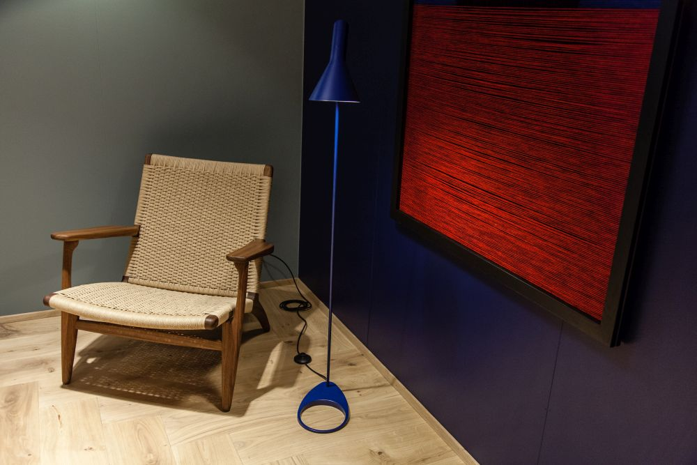 A few bold color accents can really make a reading nook pop without taking away its cozy appeal