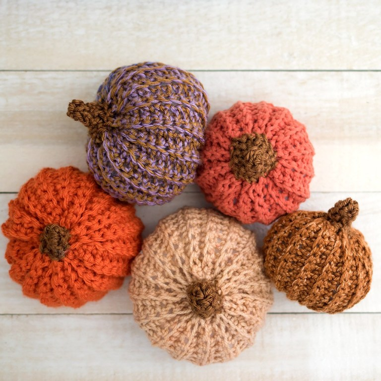 DIY Crochet Pumpkin