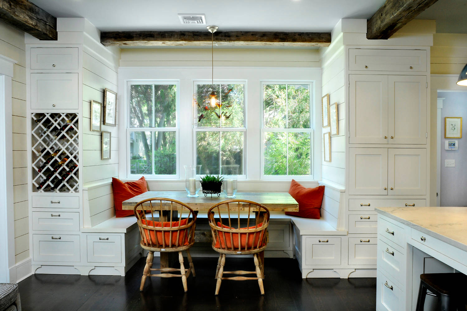 20 Ideas For Your Breakfast Nook Bench