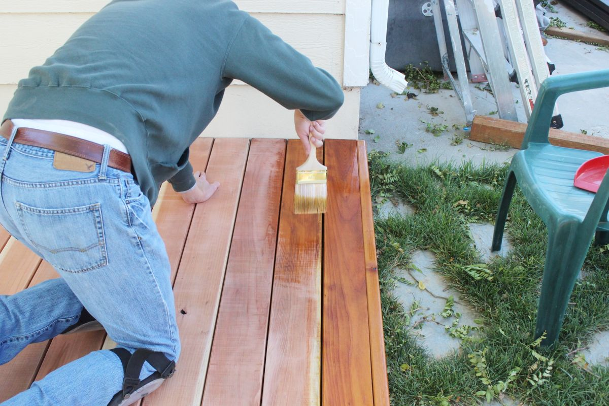 how to stain and seal a redwood deck. Black Bedroom Furniture Sets. Home Design Ideas