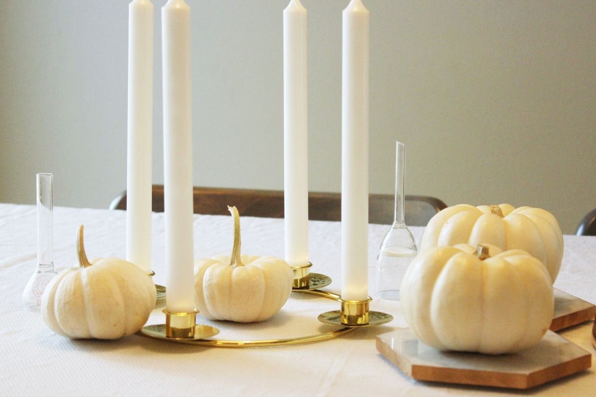 Mix your white pumpkins in with the gold objects