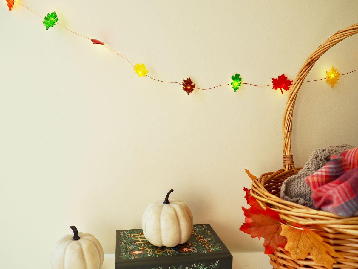 Modern leaf string lights