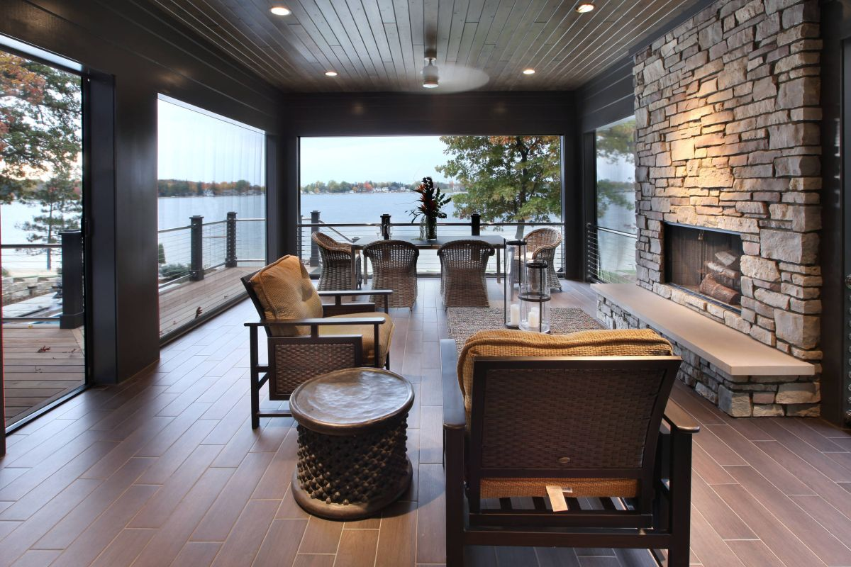 12 tips to rock your screened porch for Modern glass porch designs