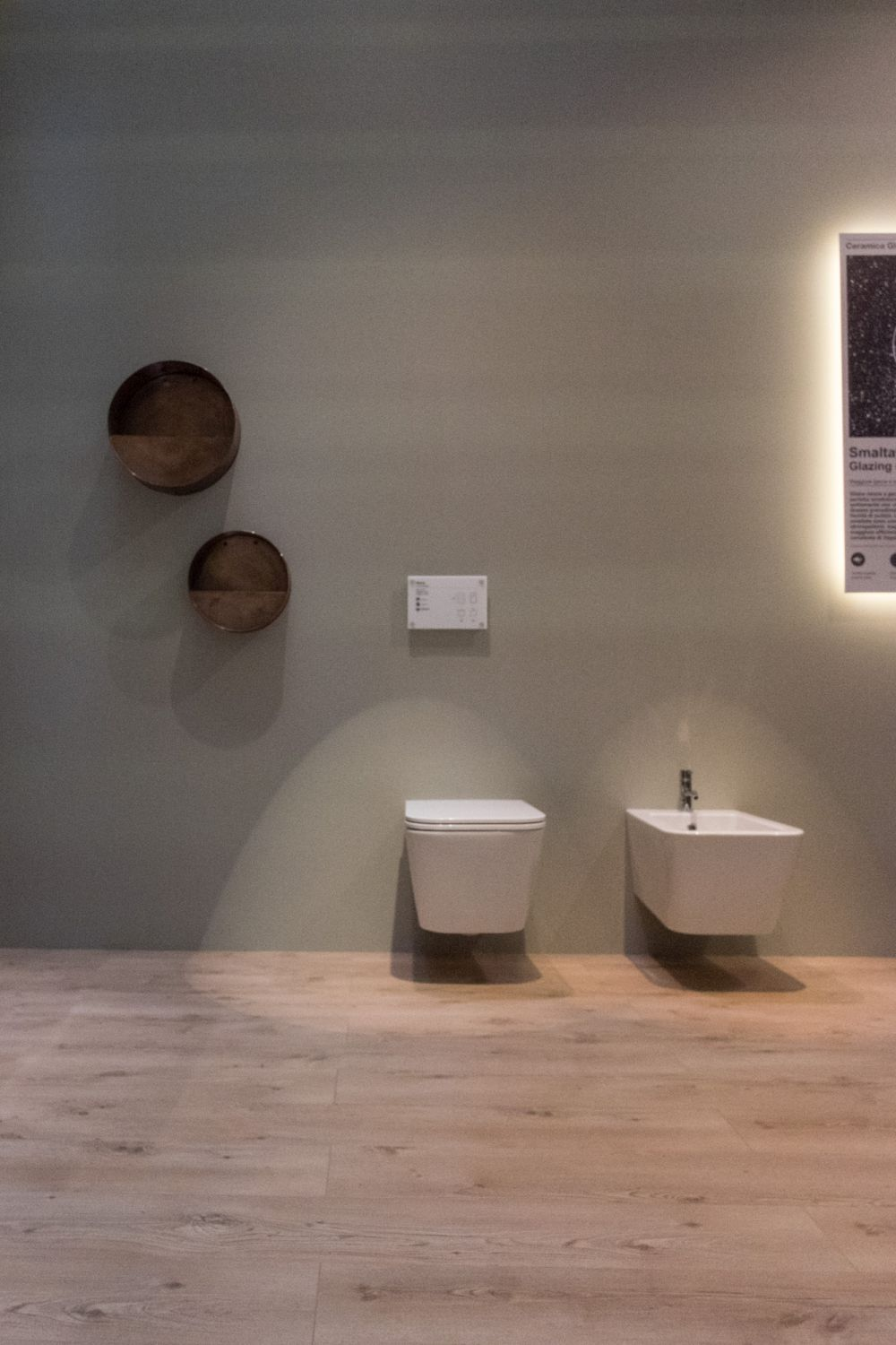 wall mounted toilet collections worthy of any modern home. Black Bedroom Furniture Sets. Home Design Ideas