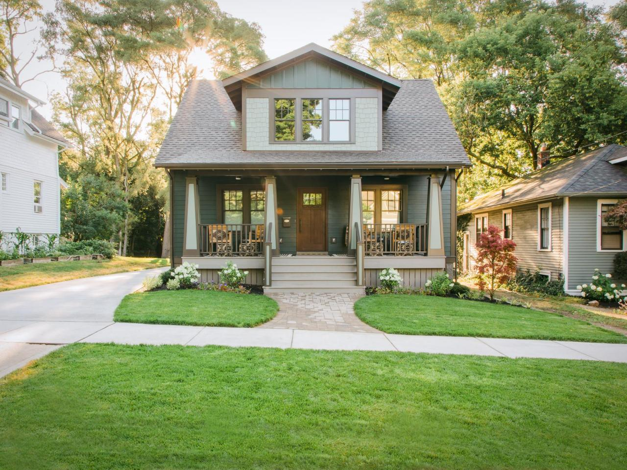 Everything you need to know about craftsman homes for New craftsman homes