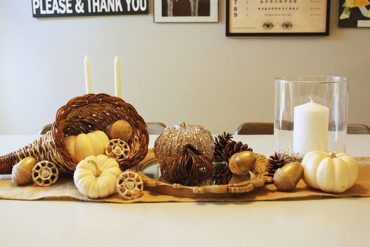 Thanksgiving Centerpieces starring White Pumpkins - How to set a table