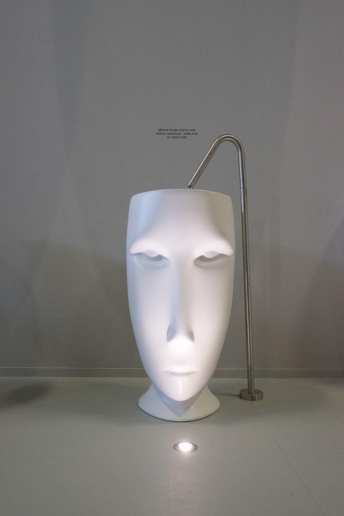 White Kersan Moloco