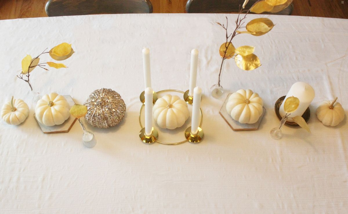 White Pumpkin Centerpieces-Centering the tallest object