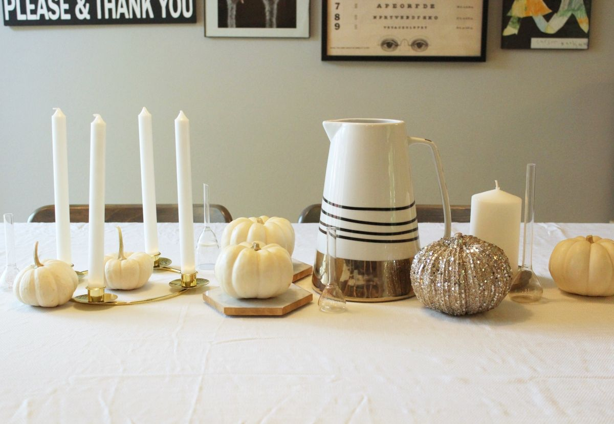 color scheme to give the centerpiece