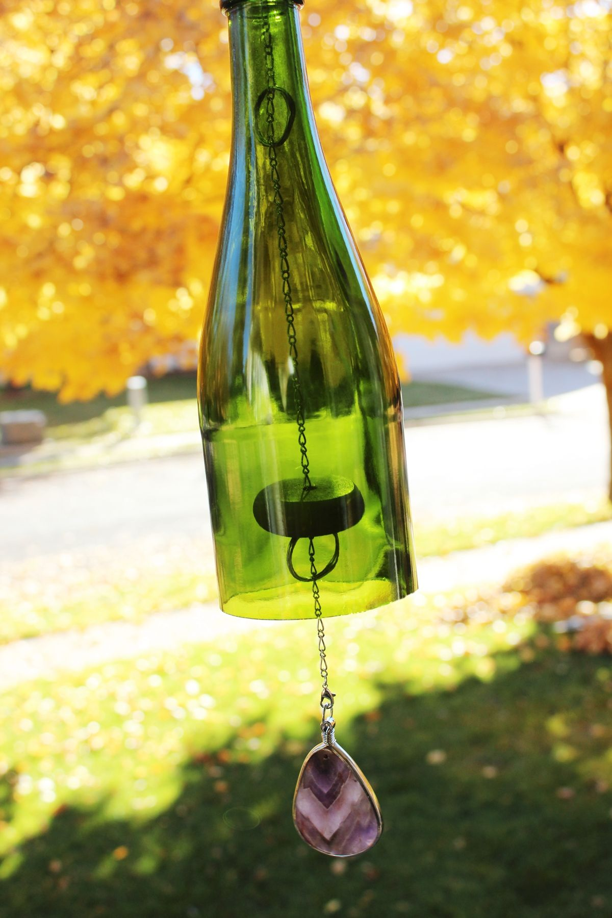 Diy glass bottle wind chime for Glass bottle wind chimes