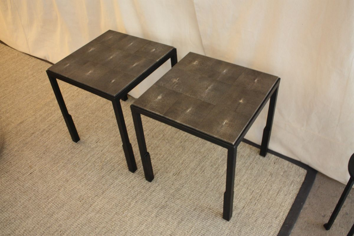 Despite the industrial style metal used, the tables are very refined.