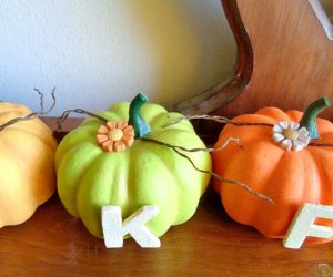 DIY Bright Thankful Thanksgiving Pumpkin Home Decor