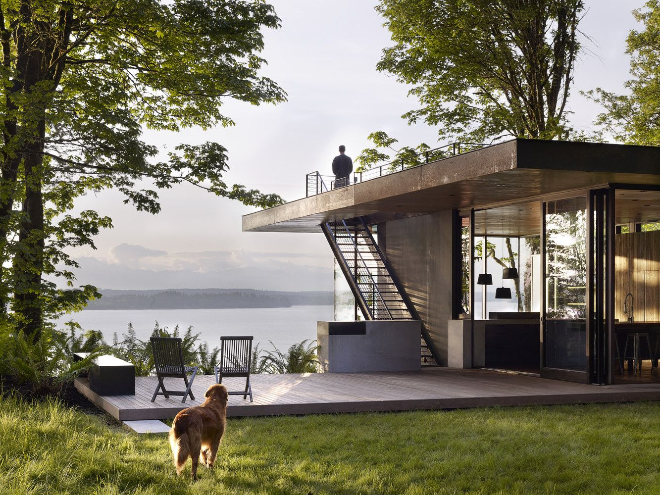 10 Waterfront Properties That Speak Nature's Language