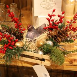 This is a fun arrangement for a farmhouse style room or a kitchen.