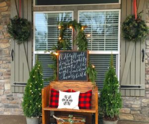 10 outside christmas decorations for your front porch - Outside Christmas Decorations