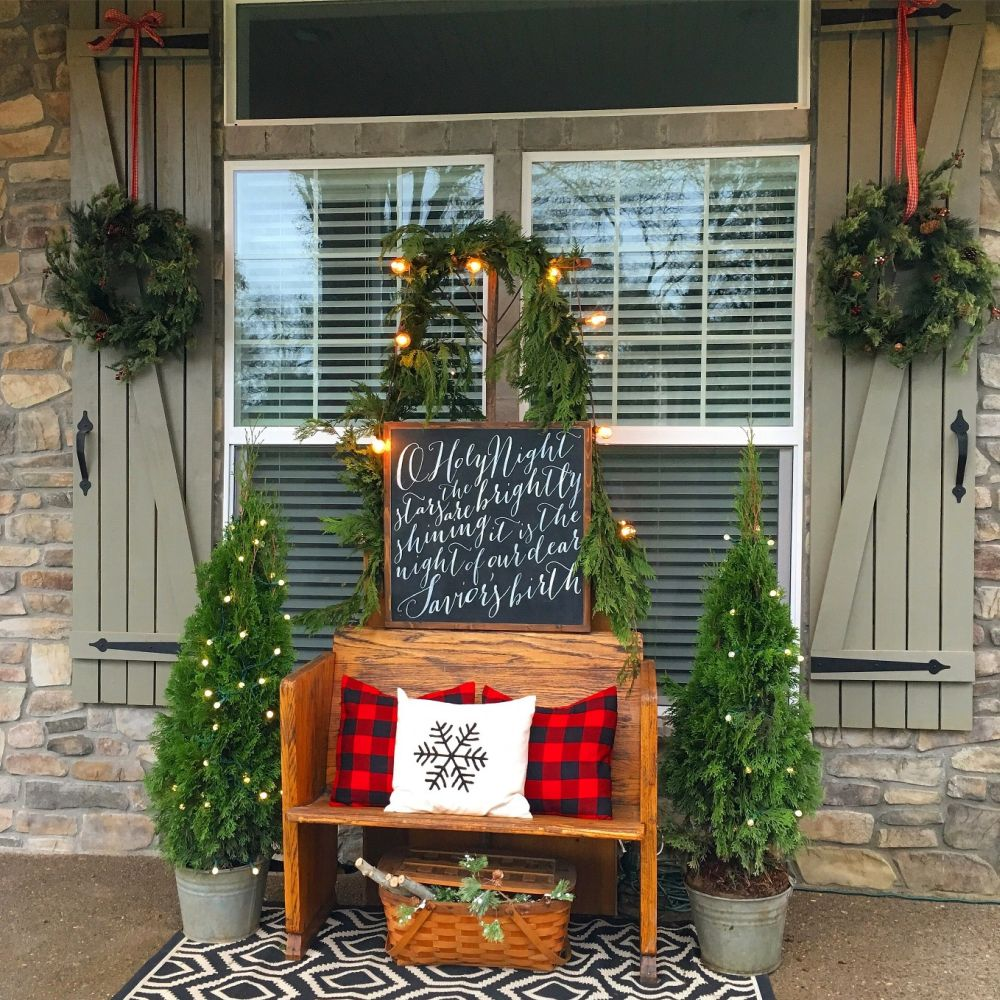view in gallery - Christmas Porch Decor